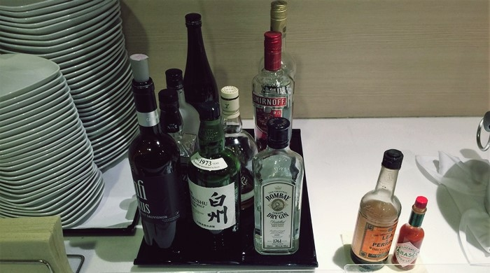 国際線ANAラウンジのアルコール