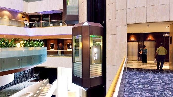 マリーナマンダリンのエレベーター
