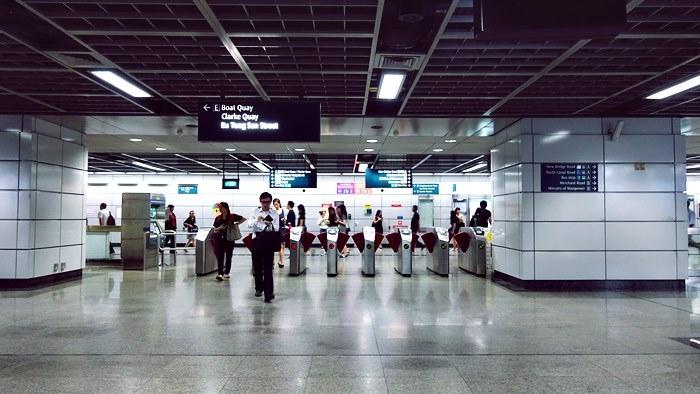 シンガポールの地下鉄『MRT』の駅