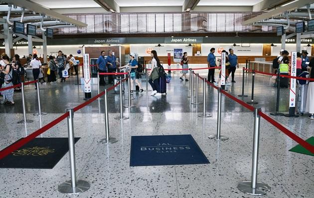 ダニエル・K・イノウエ空港チェックインカウンター