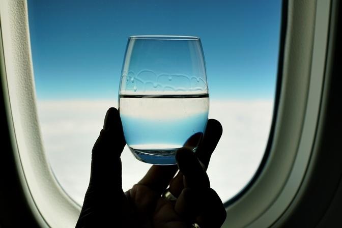 シンガポール行きの機内ので飲んだ日本酒