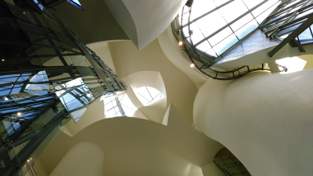 グッゲンハイム美術館|ビルバオ|小堺建築研究所|福岡の設計事務所|