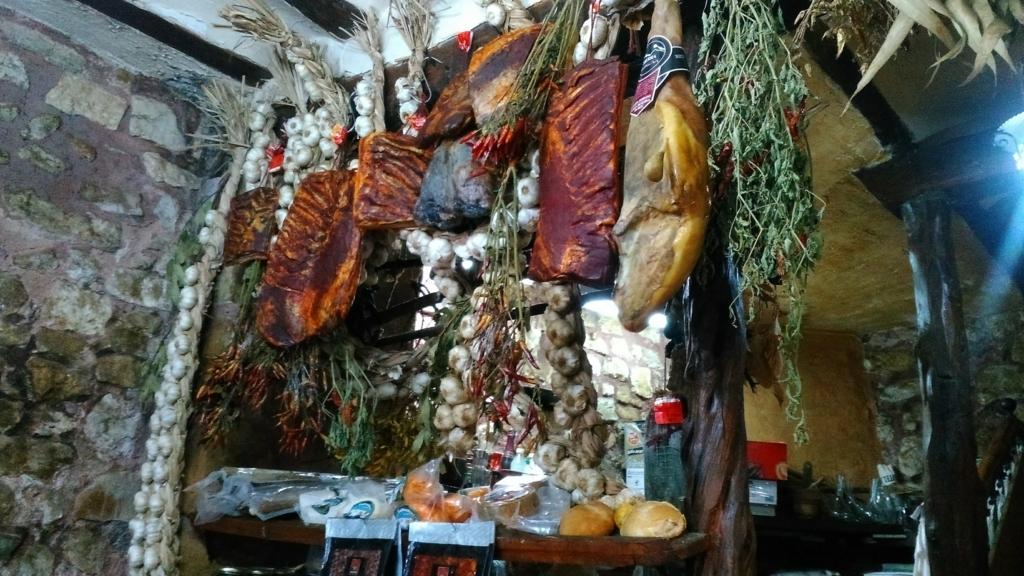 Nuevo Meson Alba|ビジャフランカ モンテス デ・オカ Villafranca Montes de Oca|caminodesantiago|カミーノデサンティアゴ|星の巡礼|スペイン|spain|小堺建築研究所|福岡の建築設計事務所