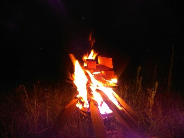 焚火|中瀬草原キャンプ場|長崎|平戸|小堺建築研究所|福岡の建築設計事務所