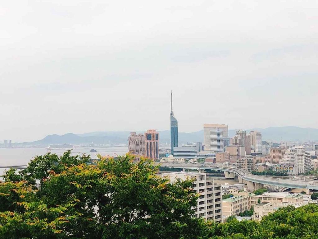 愛宕山からの眺め。福岡タワーやヤフオク!ドームが見えます【適材適食】小園亜由美(管理栄養士・野菜ソムリエ上級プロ)