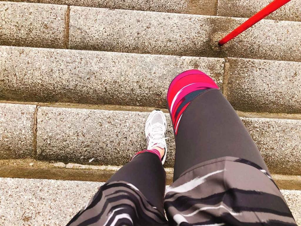 愛宕神社の石段。滑りそうでちょっと怖いです。【適材適食】小園亜由美(管理栄養士・野菜ソムリエ上級プロ)