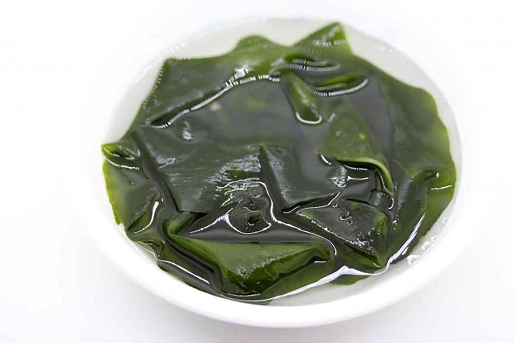 味噌汁によく合う具 第2位「ワカメ」「味噌汁の具はなにが好き?」10000人のアンケート結果(AJINOMOTO PARKより)【適材適食】小園亜由美(管理栄養士・野菜ソムリエ上級プロ)