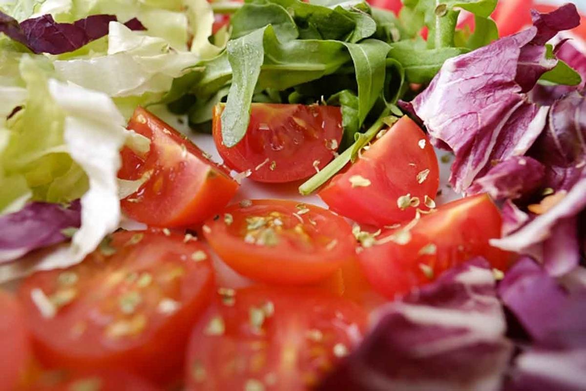 「野菜中心の食事は心臓を守ってくれる?!」他にもメリットいっぱいなそのメカニズムが解明されたらしい@SlashGear Japanより【適材適食】小園亜由美(管理栄養士・野菜ソムリエ上級プロ)