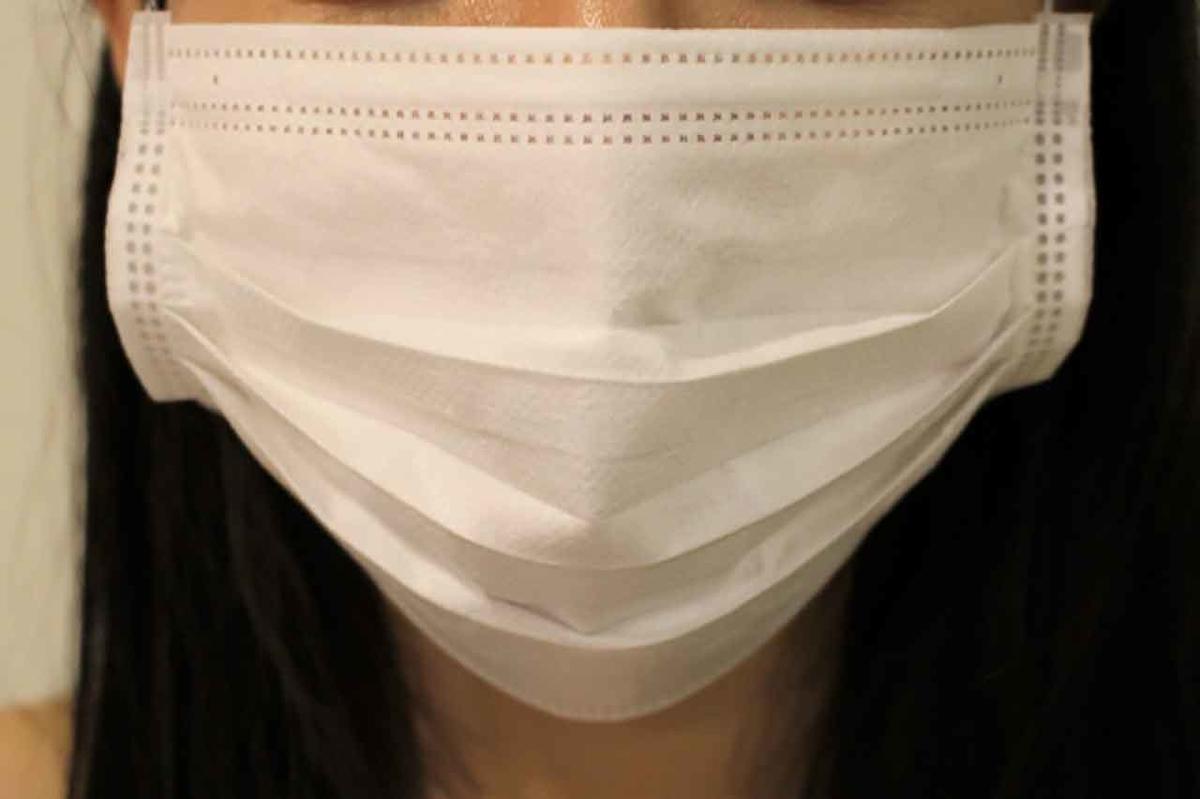 「咳やクシャミはどこまで飛ぶんだろう」飛沫について@産経新聞より【適材適食】小園亜由美(管理栄養士・野菜ソムリエ上級プロ)