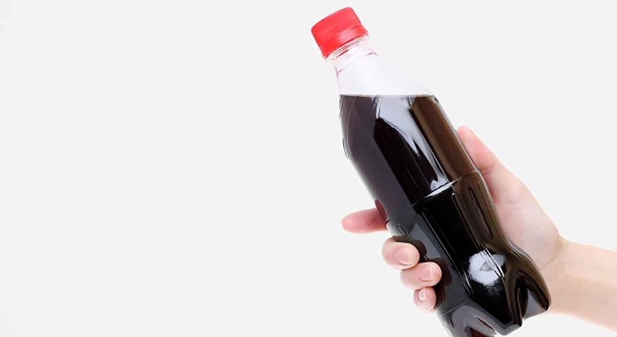 「ペットボトルから紙製ボトルに!」米国コカ・コーラ社がこの夏実験を開始。【適材適食】小園亜由美(管理栄養士・野菜ソムリエ上級プロ)糖尿病専門・甲状腺専門クリニック勤務@福岡姪浜・福岡天神