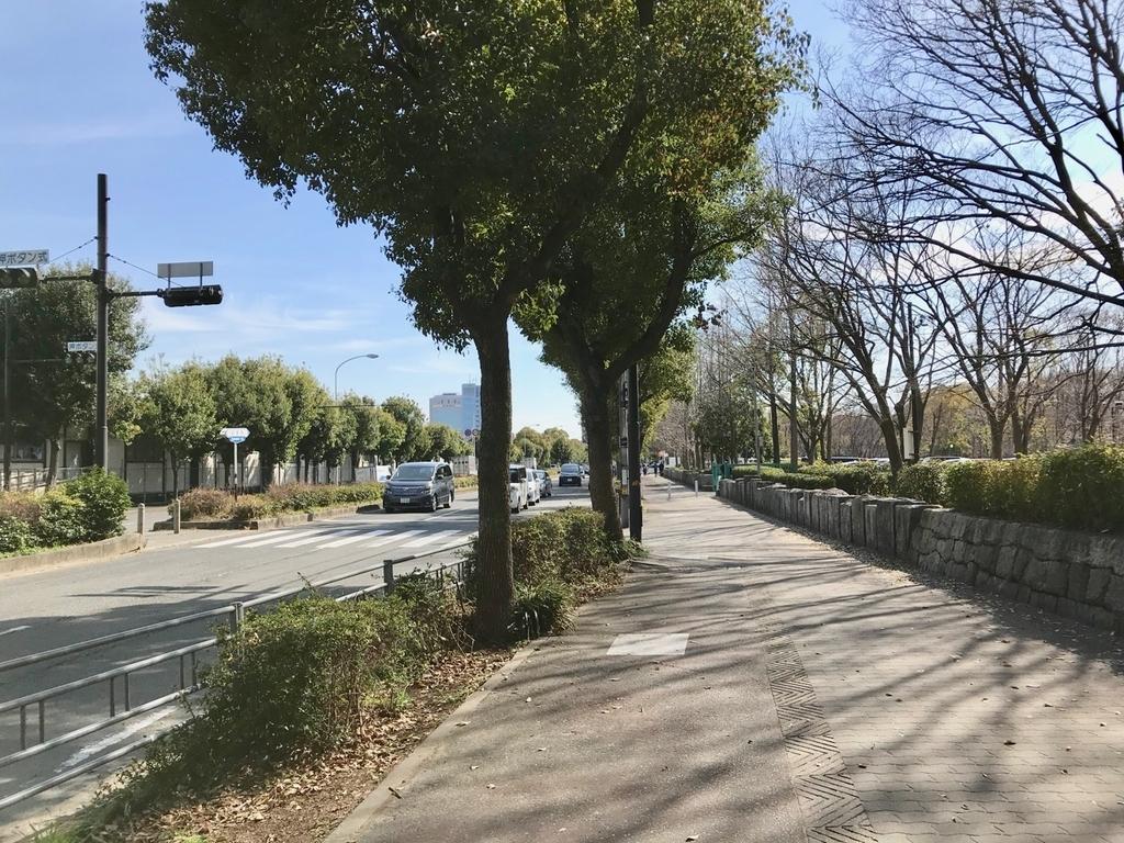 大阪城公園駅からクールジャパンパークへ向かう道