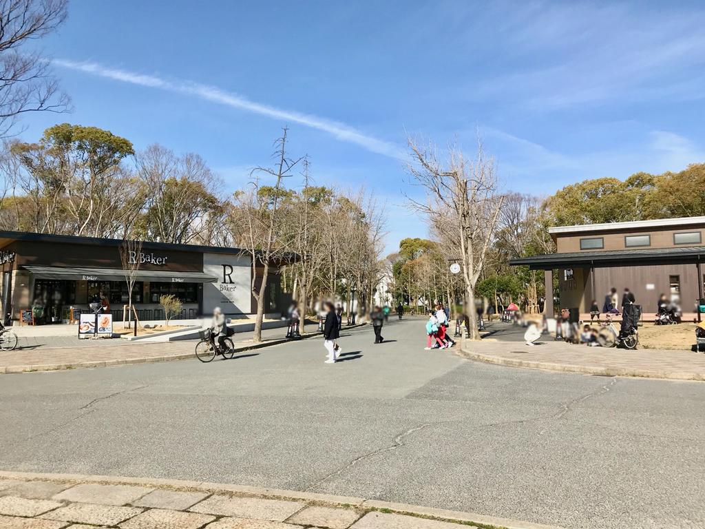 森ノ宮噴水広場からクールジャパンパーク大阪へ向かう道
