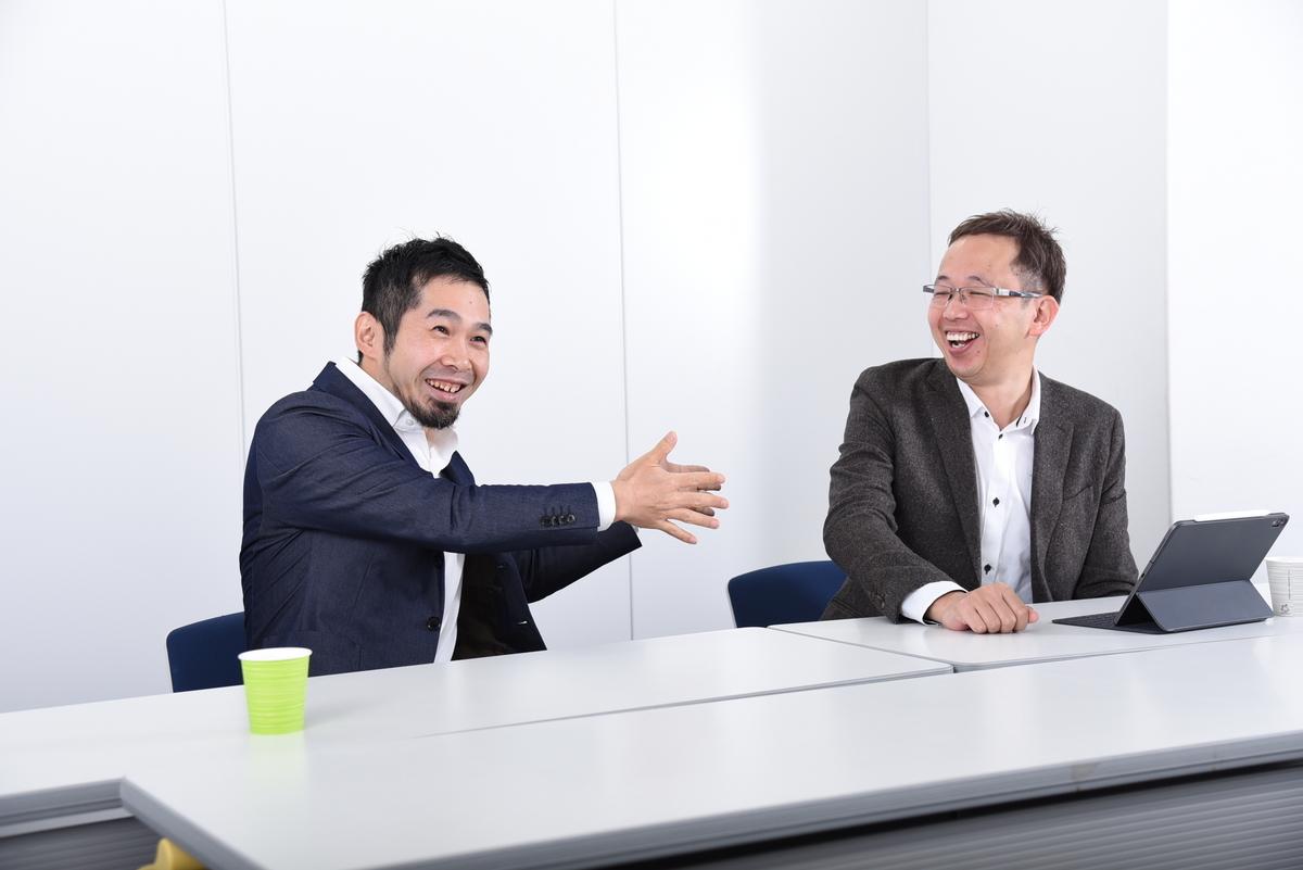 ジョイゾー四宮氏とソウルウェア吉田氏のインタビューの様子