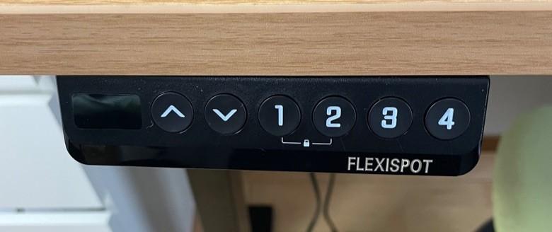 FLEXISPOT メモリ機能