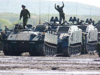 第11普通科連隊重迫撃砲中隊73式装甲車96式自走120mm迫撃砲P1000638(2)