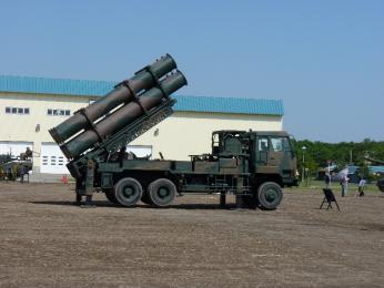 装備品展示_88式地対艦誘導弾(SSM-1)発射機.JPG
