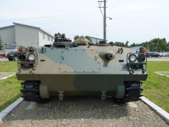 73式 装甲車