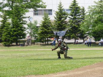 第1空挺団_空挺降下8