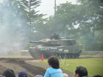 P1010517戦闘訓練展示