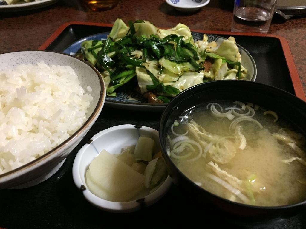 下田市 上の山亭 ニラレバ定食