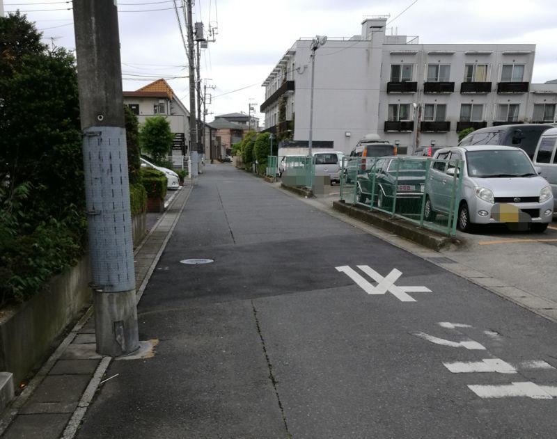 駐車場周辺の様子2