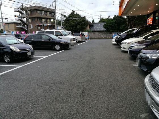 快活クラブ日立店の駐車場2