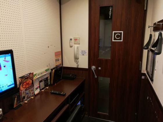 船橋夏見台店のワンツーカラオケ1