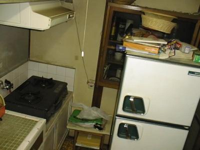 台所流し右側付近.jpg