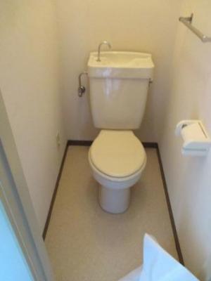 トイレ洗浄便座取付?施工直前.JPG