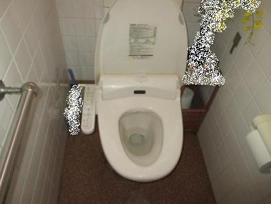 洗浄便座仕上床止水栓.png
