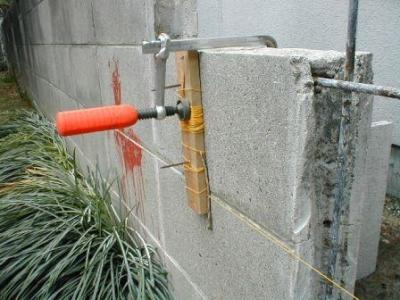 (ブロックの塀修理途中)13積込始め糸張り要領例.JPG