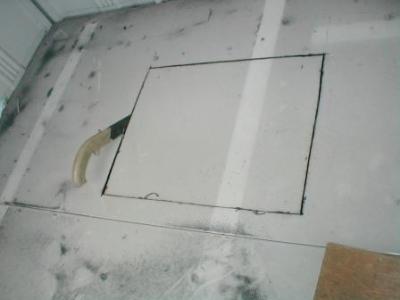 (物置移設)?床の点検口切れ残り処置.JPG