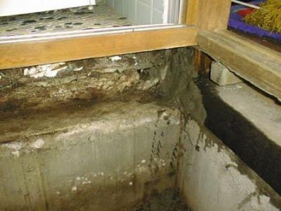 洗面床修理途中02.jpg