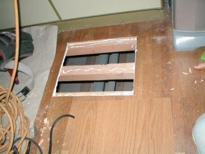 台所床修理01床根太補強後床板貼り前.JPG