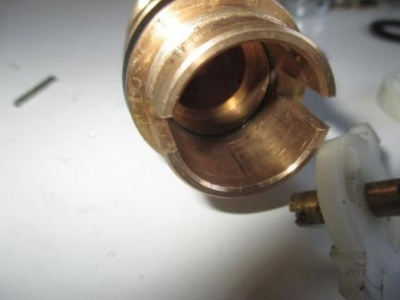 手洗い不調の調査09内部のオーリング部品.JPG