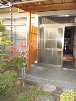 玄関ポーチ柱の塗装02.JPG