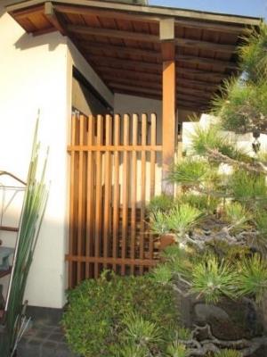 玄関ポーチ柱の塗装03.JPG