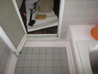 浴室ドア修理?応急処置の完了?下部.JPG