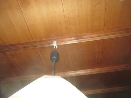 (和室照明器具取替)?施工前の既存本体と引掛けシーリングの確認?目隠しカバー下げて確認出来た例.JPG