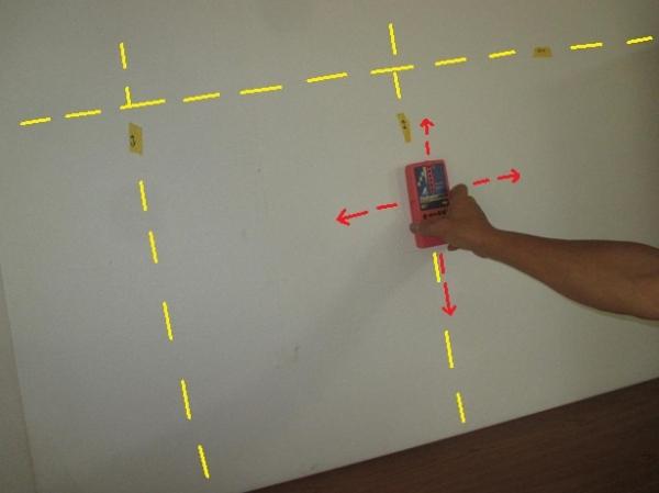 家具転倒防止策?和室タンス?内壁の壁下地と間柱探しのセンサー調べ例.JPG