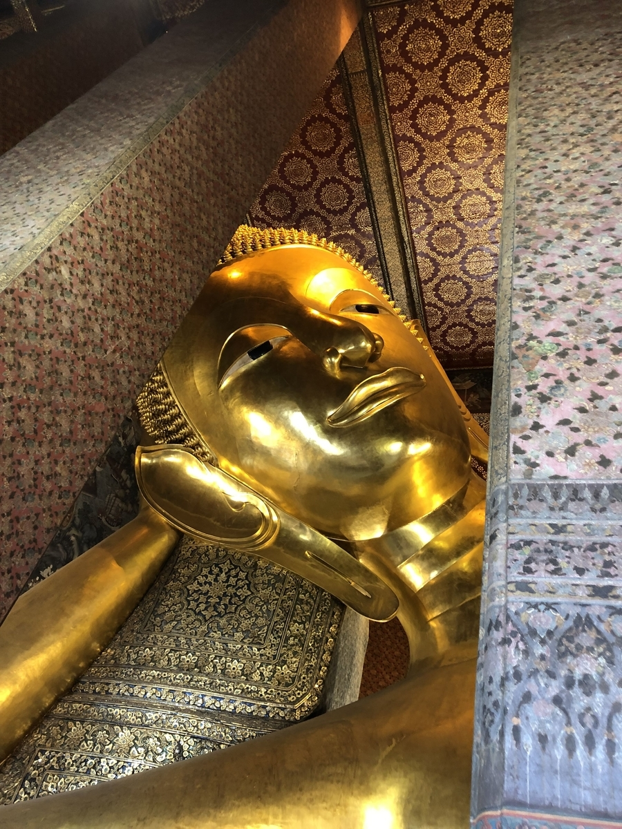 ワットポー 涅槃仏 頭部