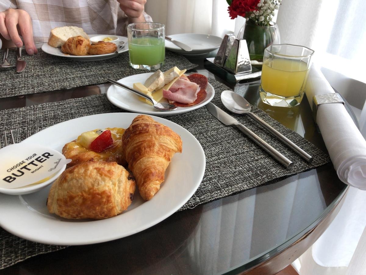 プルマン バンコク ホテルG ラウンジ 朝食 エグゼクティブルーム