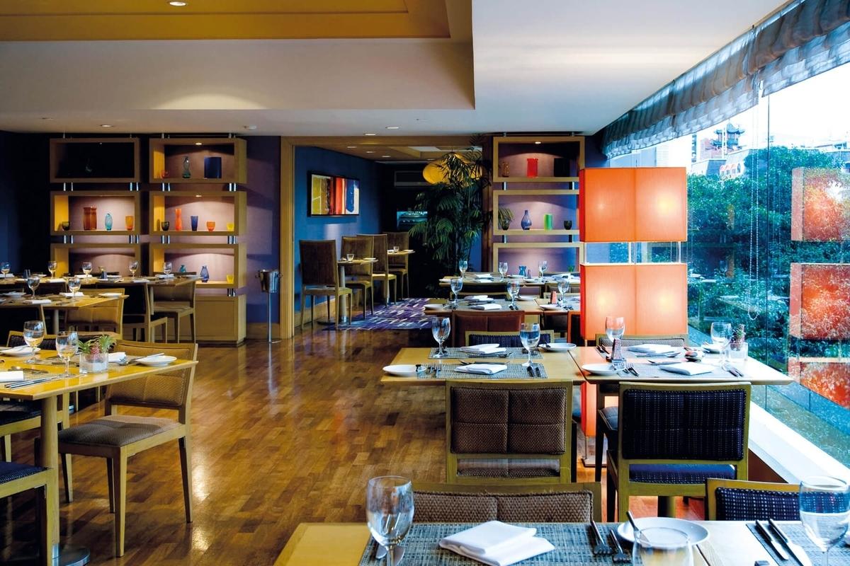 プルマン バンコク ホテルG ミストラル 2階 朝食