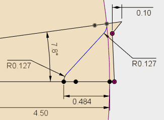 直線の両端に、円弧が接線で接続している形状は、まず、両側の円弧の半径を指定し、円弧と直線が接線の角度からより外れている方から、接線拘束をかけるとうまくいくことが多いです。