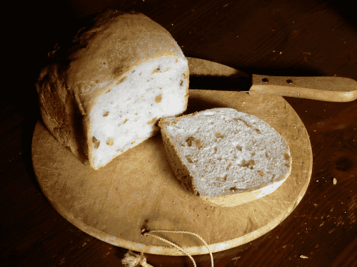 タイガーのホームベーカリー(KBH-V)で作ったクルミパン