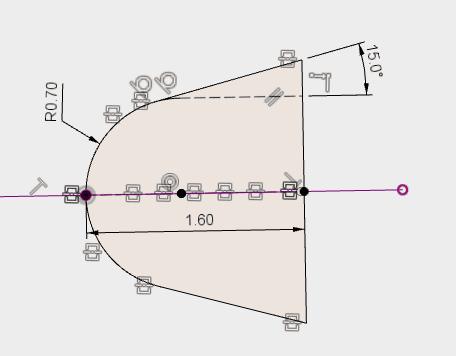 投影した線がスケッチの中心になるように変更します。