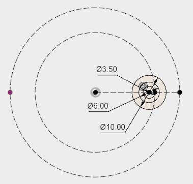 注ぎ口のパイプの内径(φ3.5)と外形(φ6)の円、そして、樹脂部分の円(φ10)を描きます。