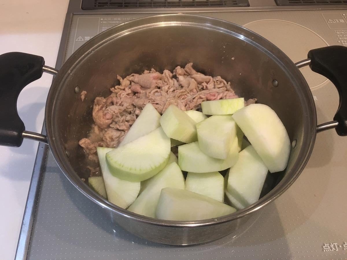 豚肉と大根の煮物。旬の野菜を使って。簡単美味しい煮物レシピ