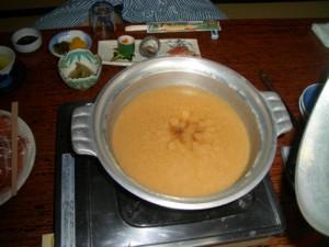 イノブタ鍋、味噌仕立てでうどんもおいしかったけど雑炊がうまかった