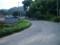 亀老山に向かっていますが、まだゆるやかに上り坂、そして田舎道。